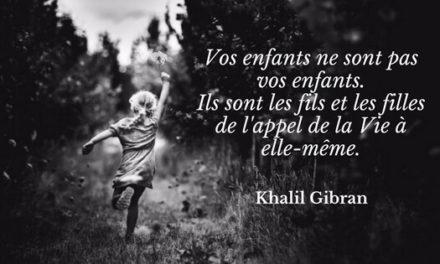 Les enfants par Khalil Gibran